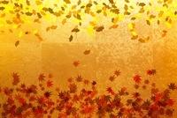 金屏風と紅葉の葉