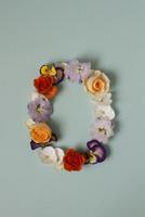 花の数字、0(生花) 10405000893| 写真素材・ストックフォト・画像・イラスト素材|アマナイメージズ