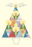 キャンドルに子供と様々な生き物を映すクリスマスツリー