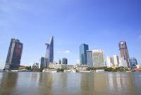 サイゴン川とホーチミン