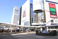 横浜線町田駅 10430008550| 写真素材・ストックフォト・画像・イラスト素材|アマナイメージズ