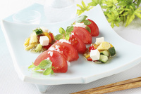 フレッシュトマトと夏野菜のジュレがけ