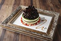 抹茶のホールケーキ
