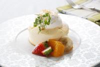 スフレチーズケーキ 10455002614| 写真素材・ストックフォト・画像・イラスト素材|アマナイメージズ