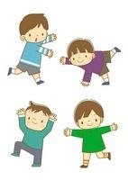 色々なポーズをする子供たち 10468000097| 写真素材・ストックフォト・画像・イラスト素材|アマナイメージズ