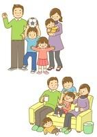 仲のいい家族とソファーでくつろぐ家族 10468000145| 写真素材・ストックフォト・画像・イラスト素材|アマナイメージズ