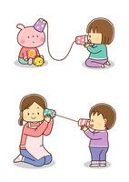 ぬいぐるみと糸電話で遊ぶ幼児、保育士さんと糸電話で話をする幼児
