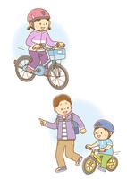 自転車に乗る女の子、ランニングバイクに乗る男の子と走るお父さん