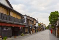 早朝の京都・祇園