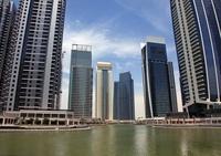 ドバイ・マリーナの超高層ビル群