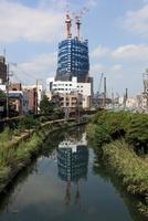 西十間橋より望む東京スカイツリー
