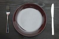 食卓の洋食器 10507001044  写真素材・ストックフォト・画像・イラスト素材 アマナイメージズ