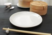 食卓の中華食器