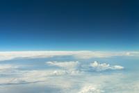 雲の水平線 上空約1万メートルより