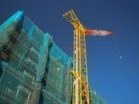マンションの新築工事 10511004844| 写真素材・ストックフォト・画像・イラスト素材|アマナイメージズ