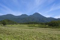 羅臼岳と青空