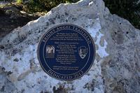 グランドキャニオン国立公園のブライトエンジェルトレイルヘッドの標識