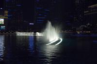 ラスベガスのホテルの夜の噴水ショー 10530006895| 写真素材・ストックフォト・画像・イラスト素材|アマナイメージズ