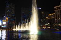ラスベガスのホテルの噴水ショー 10530007000| 写真素材・ストックフォト・画像・イラスト素材|アマナイメージズ