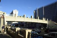 ラスベガスのブールバード大通りのにぎわい 10530007266| 写真素材・ストックフォト・画像・イラスト素材|アマナイメージズ