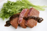 中華料理、牛肉のオイスターソース掛け 10531001161| 写真素材・ストックフォト・画像・イラスト素材|アマナイメージズ