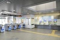 テレコムセンター駅改札口 10548000158| 写真素材・ストックフォト・画像・イラスト素材|アマナイメージズ