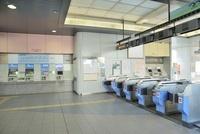 青海駅改札口 10548000184| 写真素材・ストックフォト・画像・イラスト素材|アマナイメージズ