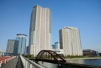 春海橋とパークシティ