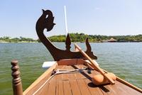 プトラジャヤ 湖のクルーズ船 10583008412  写真素材・ストックフォト・画像・イラスト素材 アマナイメージズ