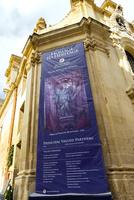 聖母ヴィクトリア教会、修復プロジェクトの垂れ幕