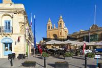 マルタ共和国,聖母教会前 10583008834  写真素材・ストックフォト・画像・イラスト素材 アマナイメージズ