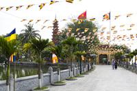 ハノイ市の仏教寺院,鎮国寺