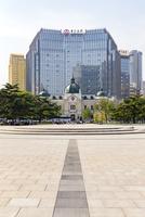 大連,中山広場と旧横浜正金銀行