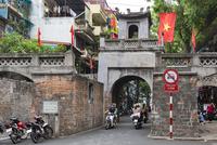 ハノイ旧市街 東河門