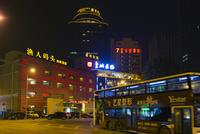大連 夜の港湾広場ロータリー