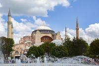 世界遺産イスタンブール歴史地区 アヤソフィア(ハギア・ソフィア) 10583008953| 写真素材・ストックフォト・画像・イラスト素材|アマナイメージズ