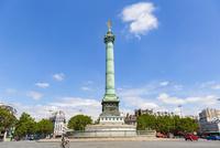 バスティーユ広場、7月革命の記念柱