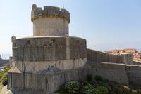城壁から望むミンチェタ要塞