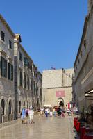 プラツァ通り、ピレ門側城壁