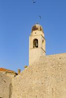 港から望む時計塔