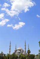 スルタンアフメトモスク(ブルーモスク)と夏空