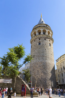 ガラタの塔(Galata Kulesi)展望台への行列 10583009474| 写真素材・ストックフォト・画像・イラスト素材|アマナイメージズ