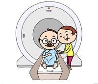 MRI検診でやさしい妻に付き添われ、安心、余裕のシニア男性 10607000049| 写真素材・ストックフォト・画像・イラスト素材|アマナイメージズ