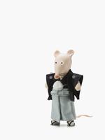 紋付袴のネズミ