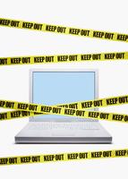 パソコンと立入禁止 10610001344| 写真素材・ストックフォト・画像・イラスト素材|アマナイメージズ