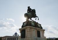 新王宮前のオイゲン公騎馬像 ウィーン オーストリア