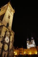 旧市街広場の夜景 プラハ チェコ共和国