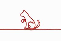 赤い紐でつくった犬(戌)のイメージ 10610003797| 写真素材・ストックフォト・画像・イラスト素材|アマナイメージズ