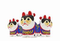 張子犬三体 10610003868| 写真素材・ストックフォト・画像・イラスト素材|アマナイメージズ