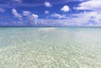 ロック・アイランドのサンゴ礁の海 10616007532| 写真素材・ストックフォト・画像・イラスト素材|アマナイメージズ